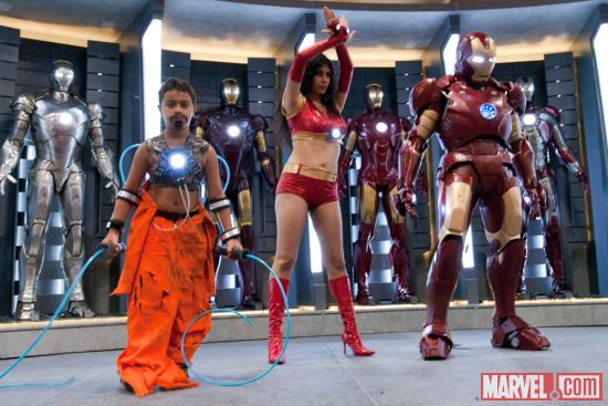 SDCC 2012: Whiplash, Ironette and Iron Man costumer pose on the Marvel Stage