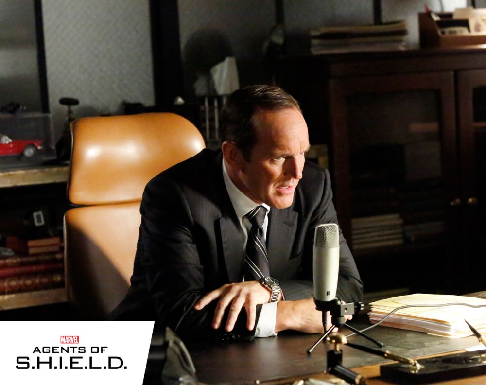 Marvel's Agents of S.H.I.E.L.D - Declassifying: Making Friends and Influencing People
