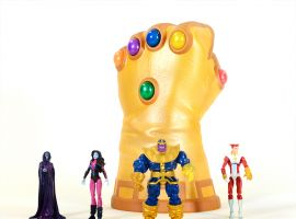 6 Reasons You Need Your Own Infinity Gauntlet