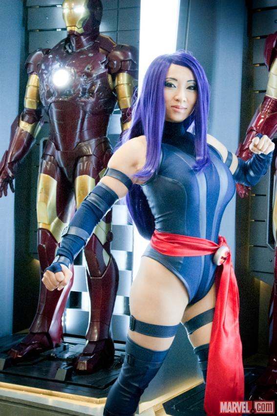 SDCC 2012: Cosplayer Yaya Han on the Marvel Stage