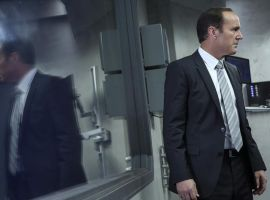 Clark Gregg stars as Agent Coulson in Marvel's Agents of S.H.I.E.L.D. Season 1, Ep. 3 - The Asset