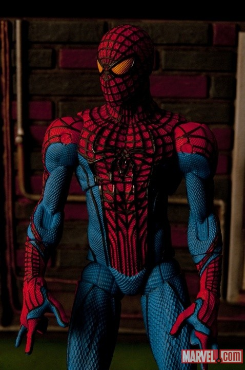 The Amazing Spider-Man Figure From Diamond Select Toys