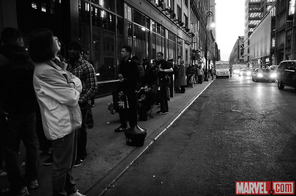AvX Fans Line Up at Midtown Comics