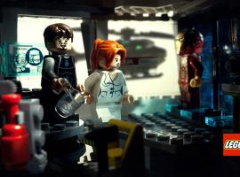 A scene from Marvel's Iron Man 3 recreated with LEGO Minifigures