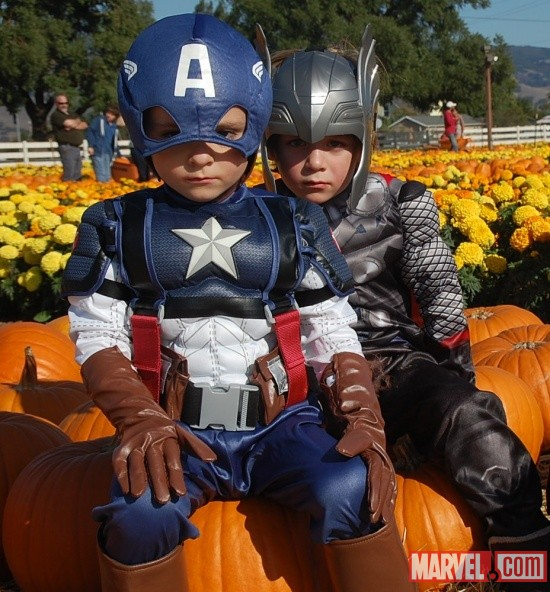 Costoberfest 2011 - Child costumers as the Thor and Captain America
