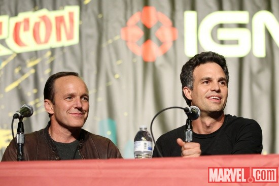 New York Comic Con 2011: Clark Gregg & Mark Ruffalo at the Marvel's The Avengers panel