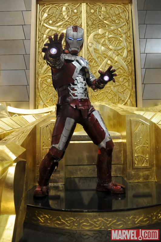 Marvel Cosplay Photo Op - Suitcase Armor Iron Man