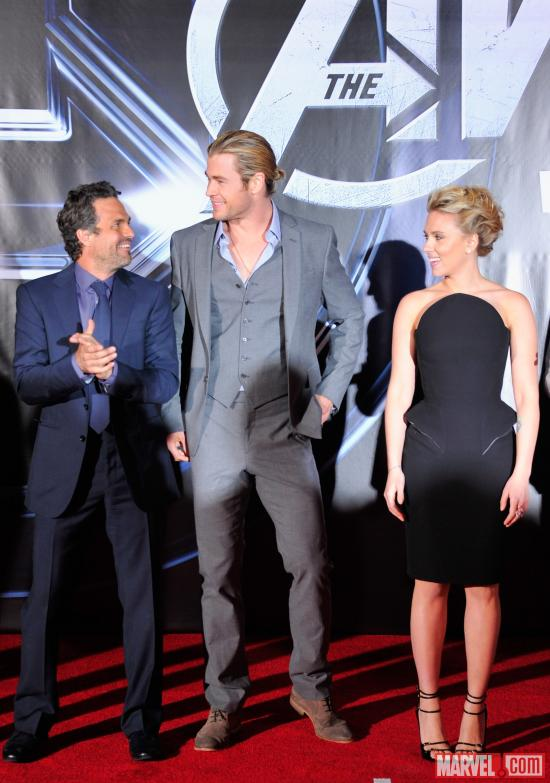 Mark Ruffalo, Chris Hemsworth and Scarlett Johansson on the Avengers red carpet