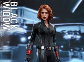 Hot Toy's Marvel's Avengers: Age of Ultron 1/6th scale Black Widow Collectible Figure