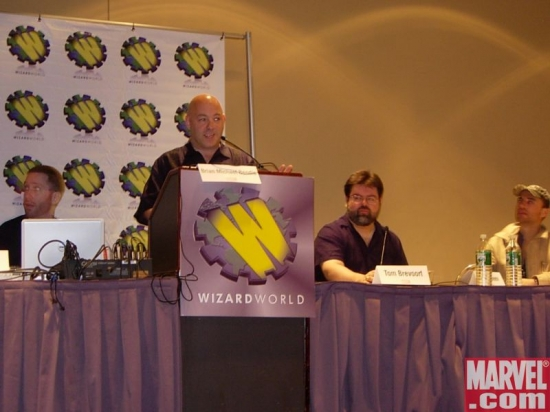 Bendis hosts his Super Fun Panel