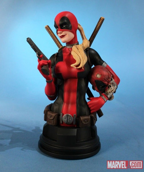 LADY DEADPOOL MINI BUST AFX EXCLUSIVE GENTLE GIANT Detail