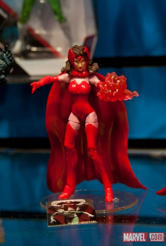 Hasbro Marvel Universe Scarlet Witch