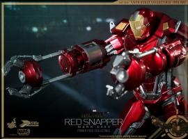 Iron Man 3 Power Pose Red Snapper Collectible Figurine