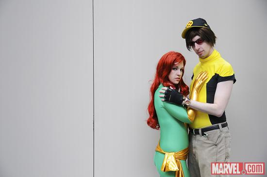 C2E2 2012: Phoenix & Cyclops Cosplayers
